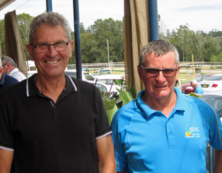 Ross Davidson and Neil Mather Scrape Home in Tuross Vets Ambrose Event