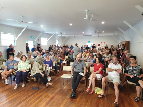 Great turnout at the Durras Bushfire meeting