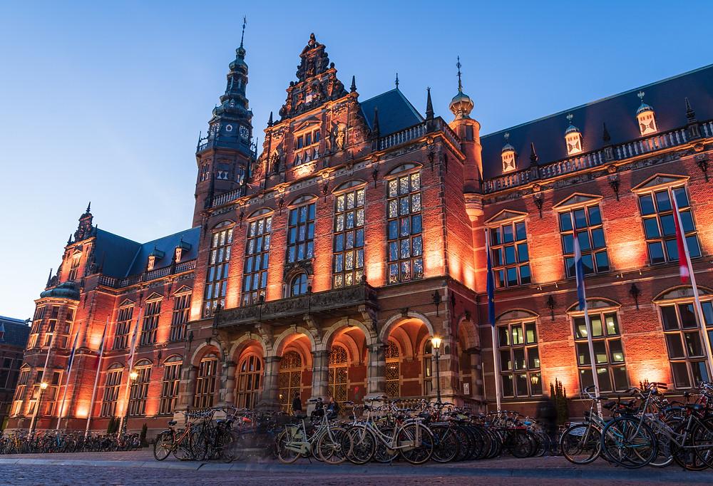 Hollanda'da eğitim üniversite maaliyeti