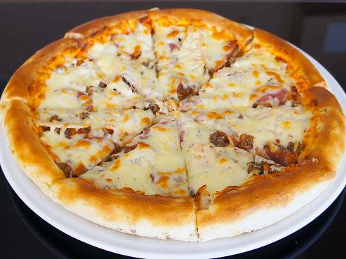 """Пицца """"Мясная"""" на традиционном тесте"""