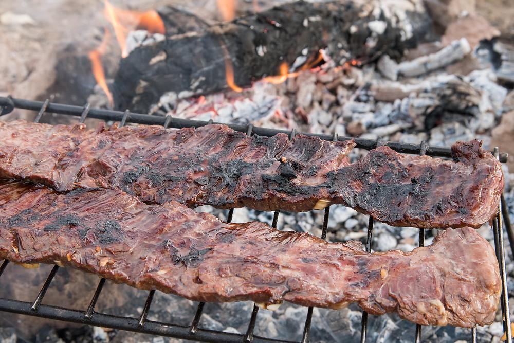 Grilled skirt steaks