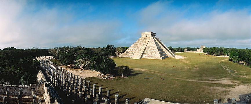 pyramid-chichen-itza-mexico-panoramic-im