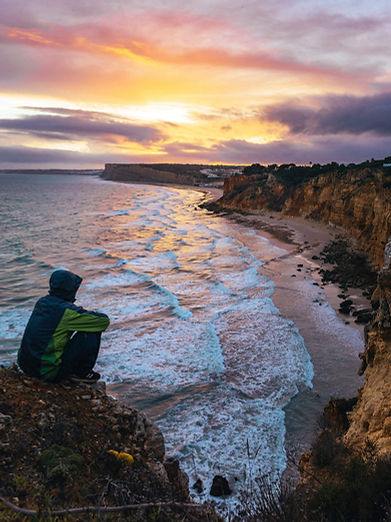 cloudy-sunset-by-portugal-coastline-2210