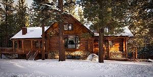 log-cabin-1594361_640.jpg