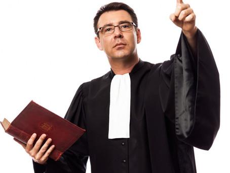 Choisir un avocat pour vos documents commerciaux