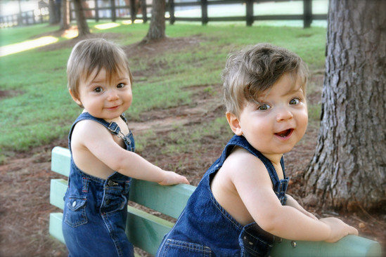 www.sparks.photography, lifestyle, family portrait photography, twins