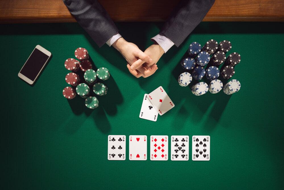86711-voce-sabe-como-estudar-poker-corre