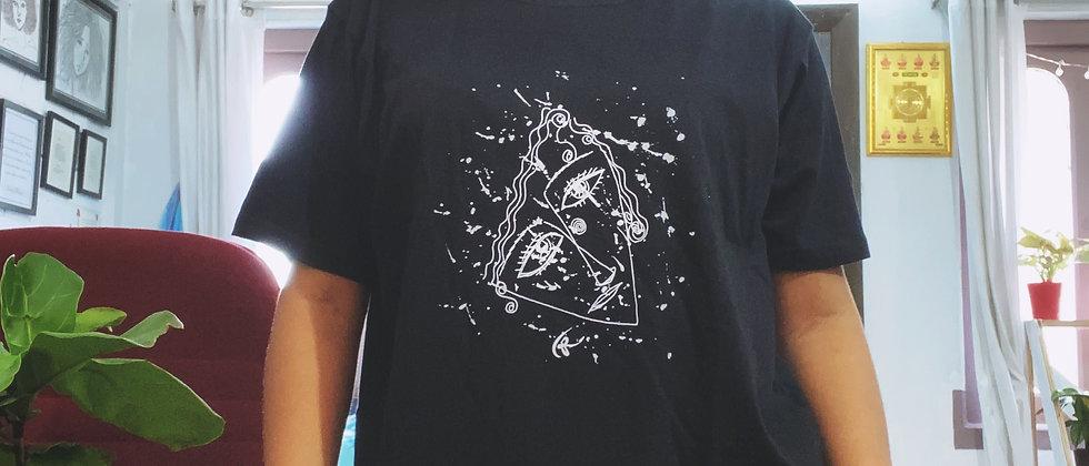 Tiasa Creates : Over Sized Artsy T-shirt