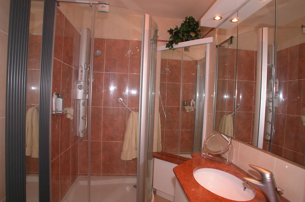 Salle-de-bain-réalisation-0001.JPG