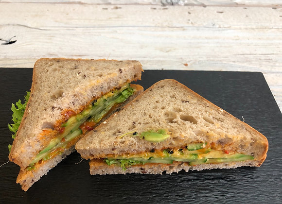 Sandwiche Avocado-Gurken vegan