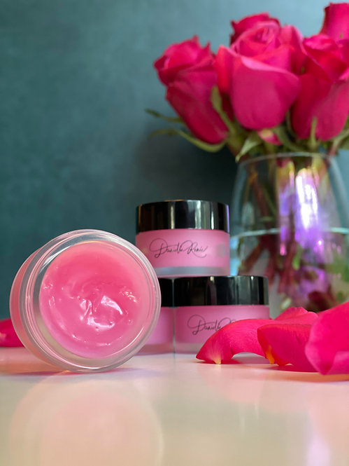 Rose extract lip mask