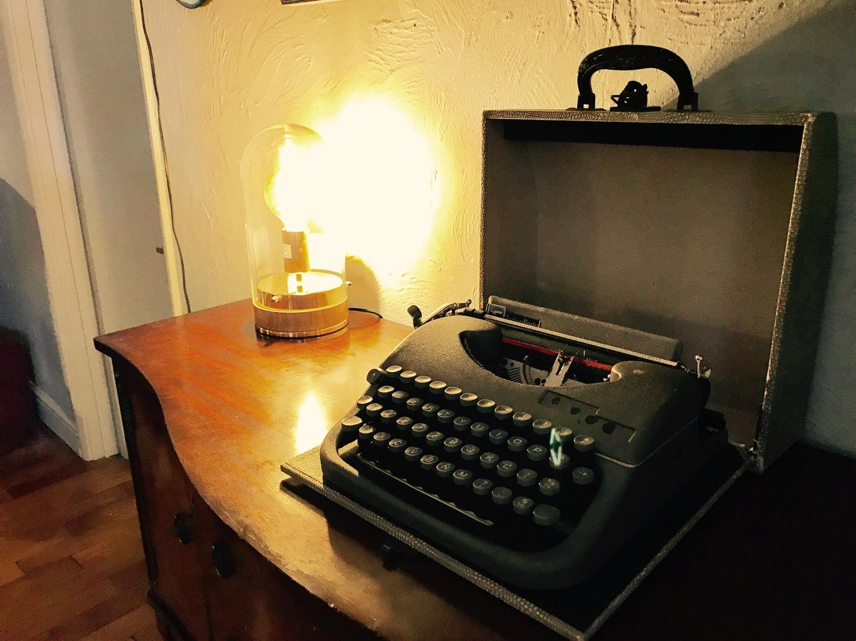The Swan typewriter