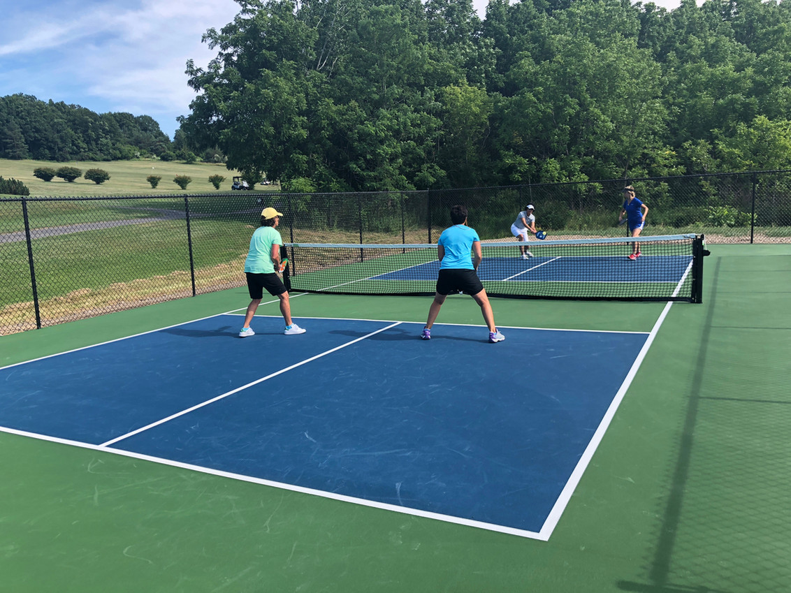 Pickleball at Lakeside Country Club