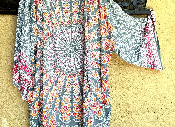 Kimono Gris avec Mandala