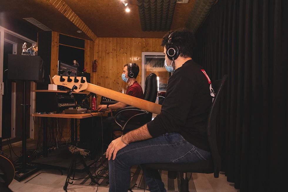 Manuel (bass & backing vocals) & Leo (producer) Recording at Jotun Studio