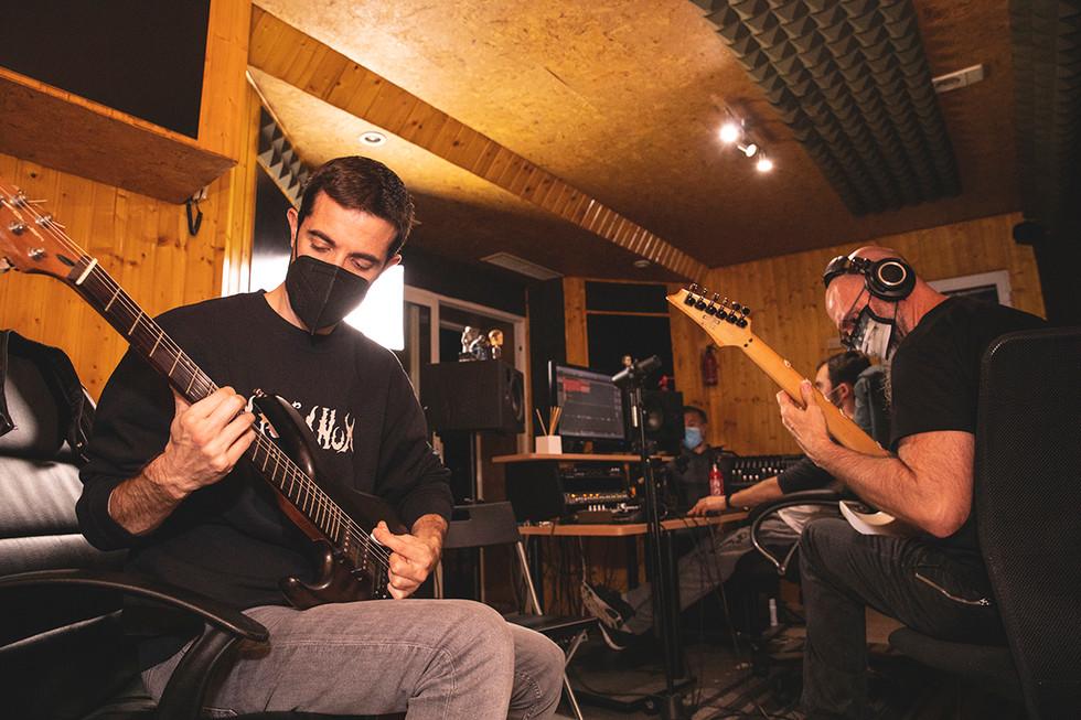 Carlos (lead guitars) & Álvaro (guitars, vocals & gutturals) Recording at Jotun Studio