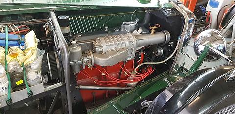 mg supercharged engine bay.jpg