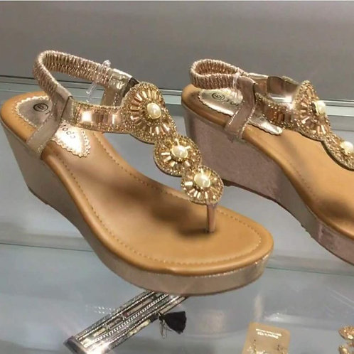 gold-wedges