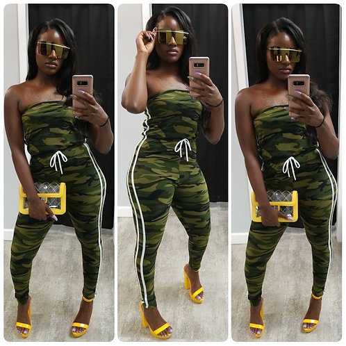 camouflage-jumpsuit