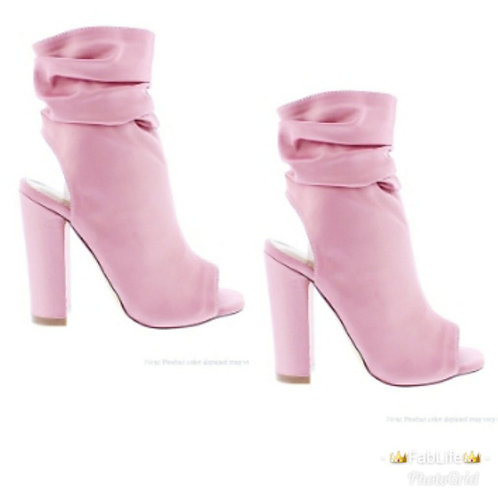 the-blush-shoe
