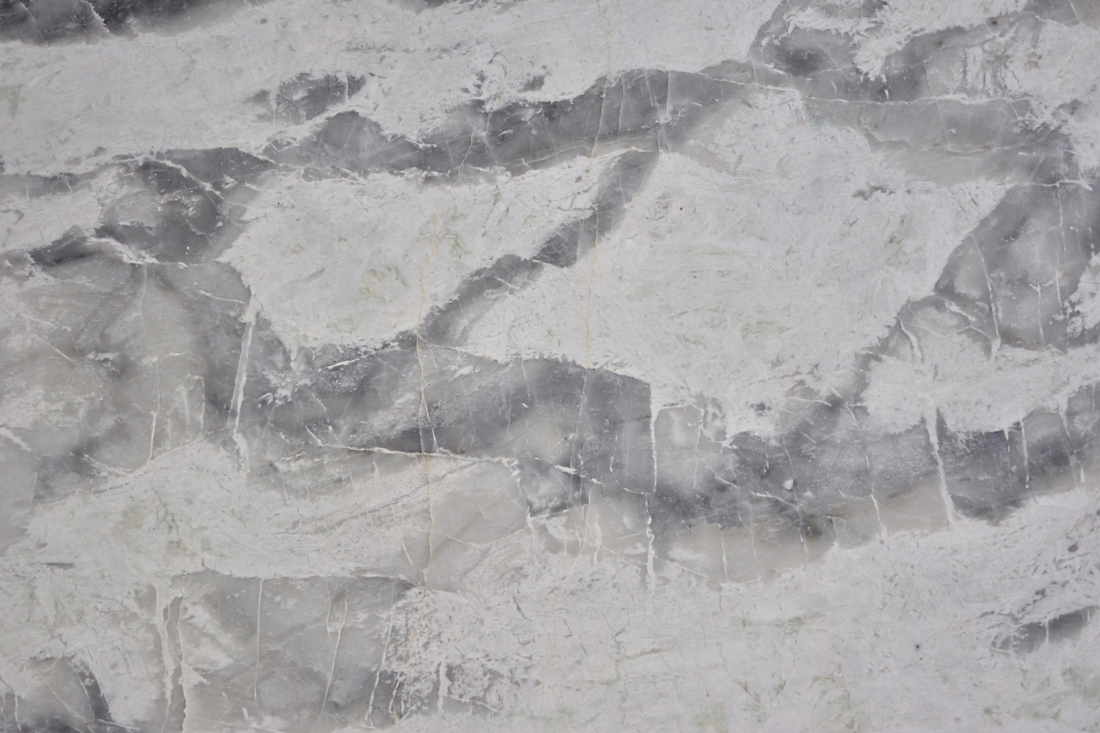 Monte Blanc 3CM Quartzite