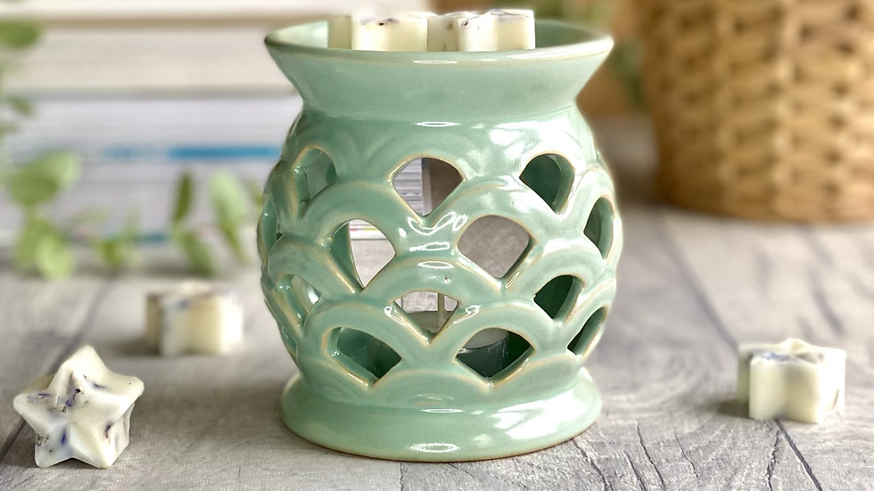 Sage Scalloped Wax and Oil Burner
