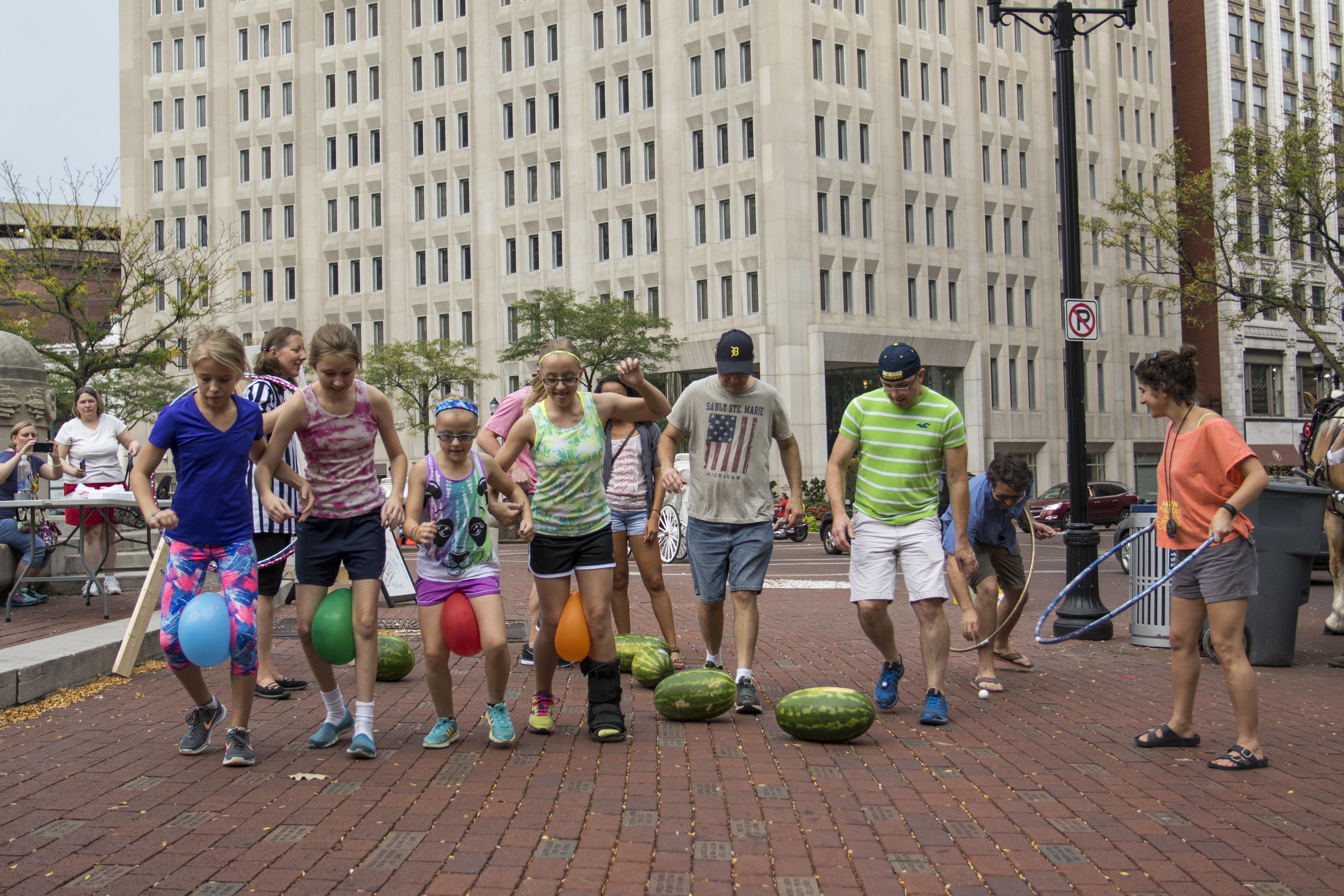 groupwatermelonballoonsparadepic