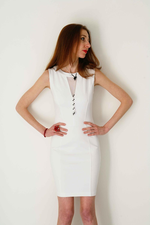 Valeria Prisco indossa un outfit total white