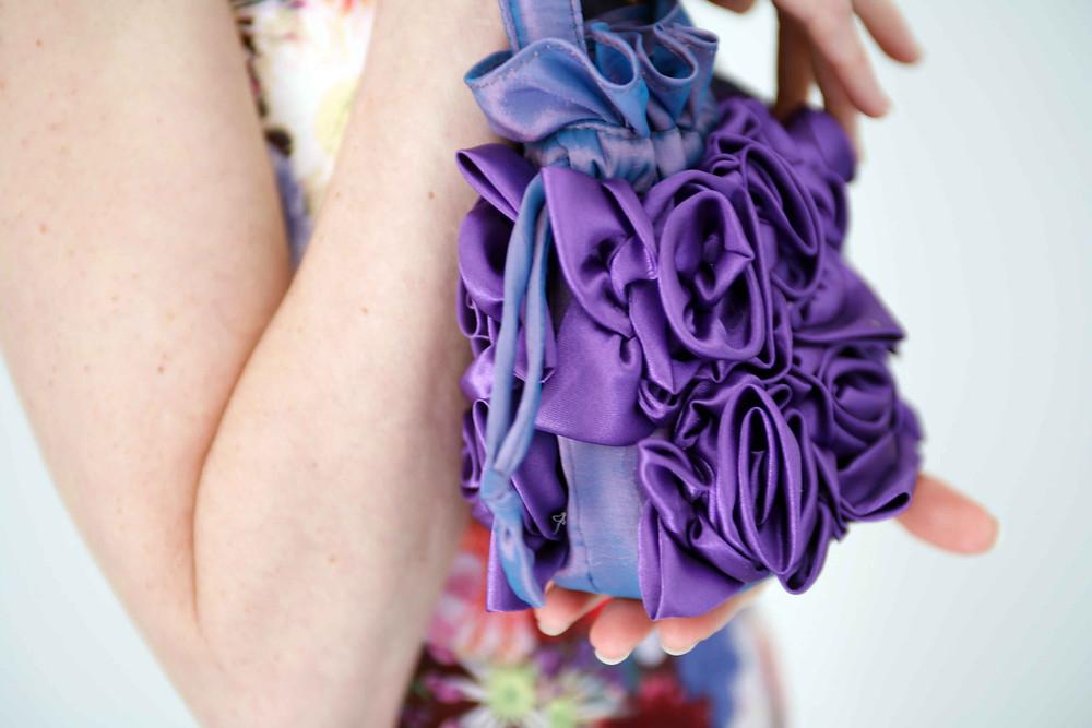 borsa con fiori tridimensionali antonello serio