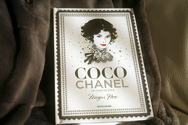 Cover libro Coco Chanel, un'icona di stile di Megan Hess