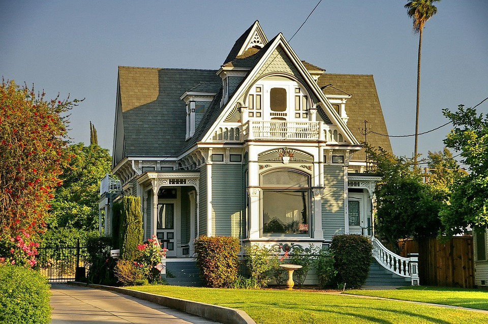 2,001 - 2,500 SF Home