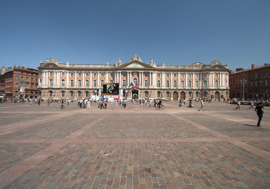 Place du Capitole - Toulouse - 45 mn