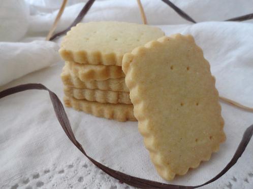 Vanilla Bean Shortbread - 1 Dozen