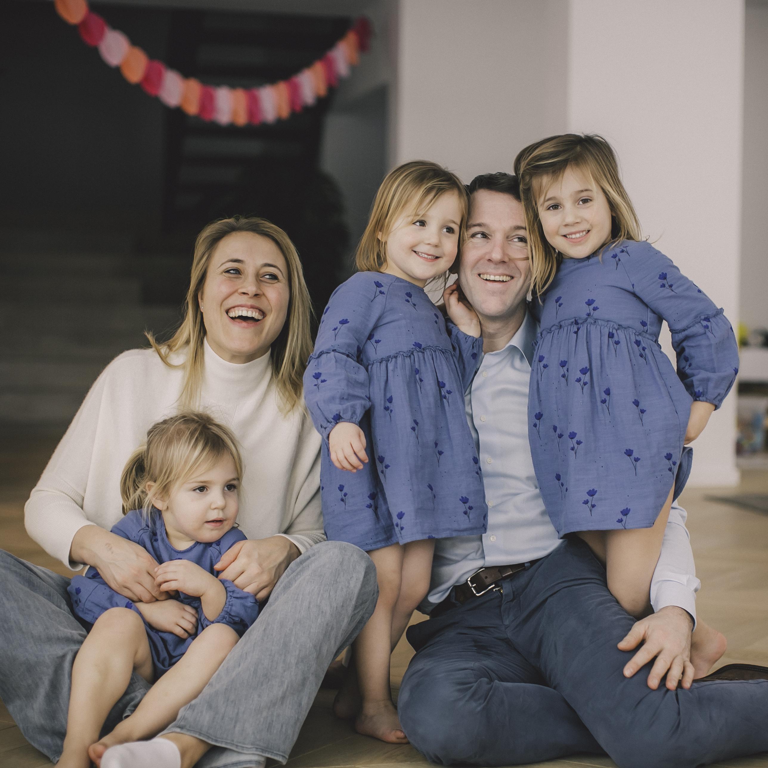 FAMILIE PETRE -87