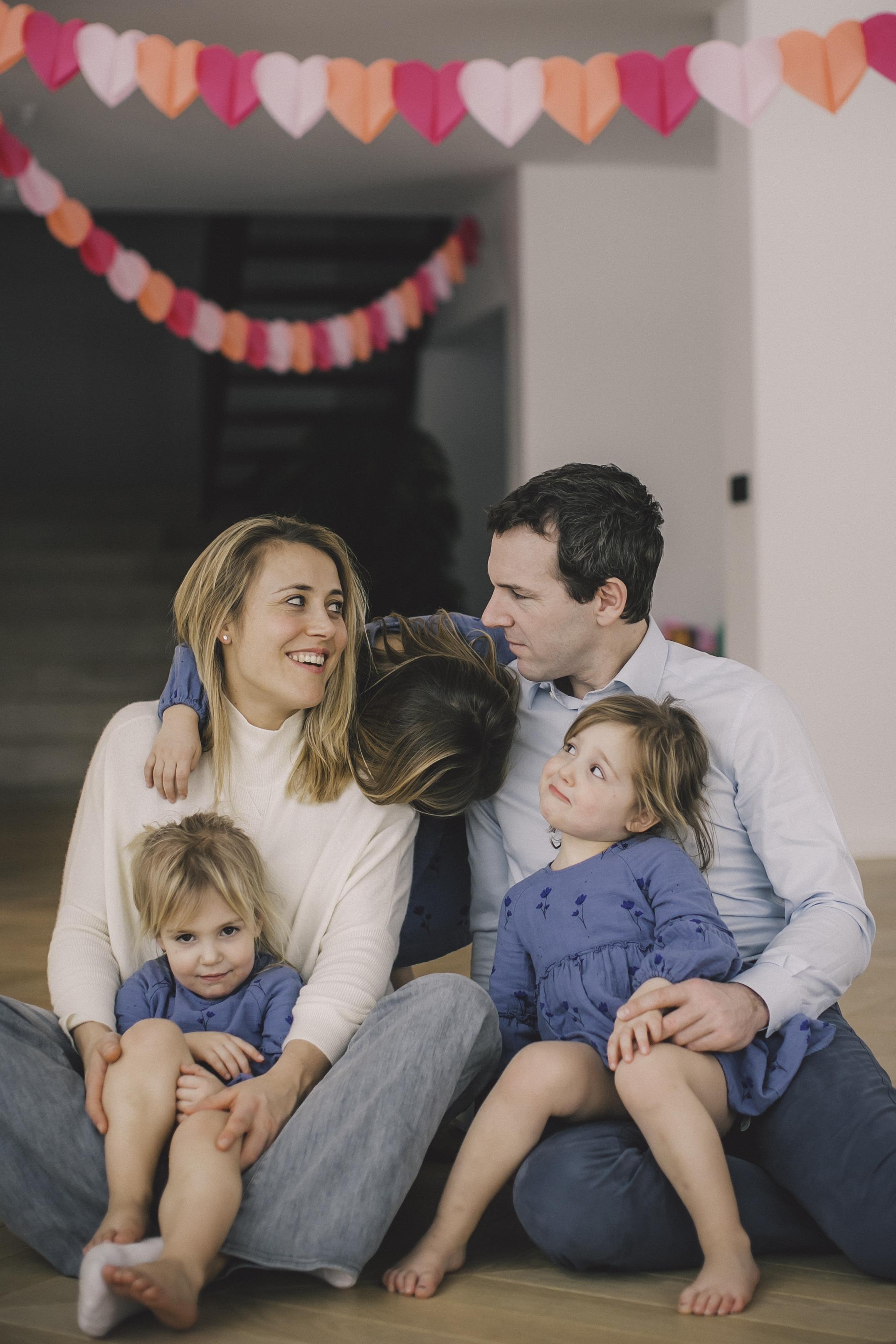 FAMILIE PETRE -84