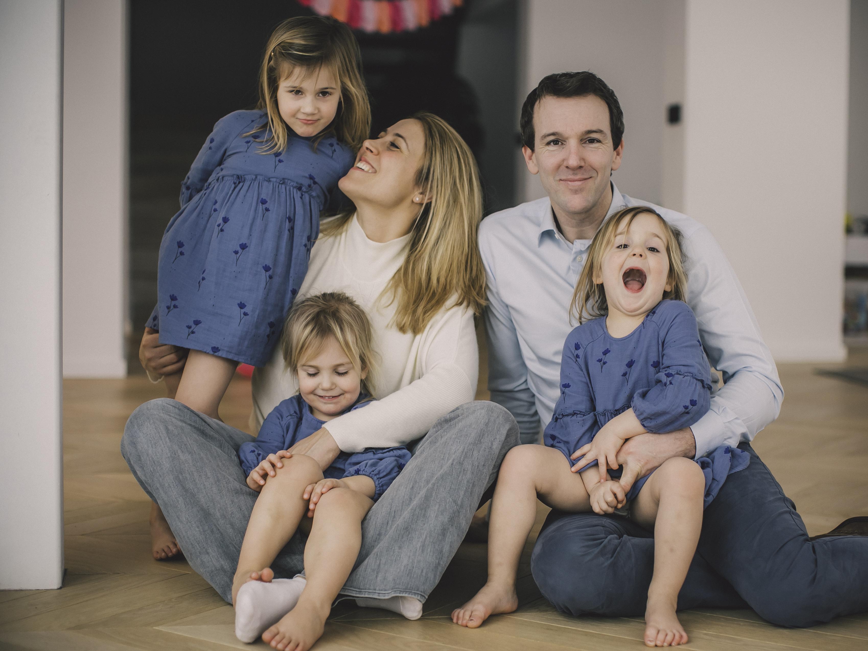 FAMILIE PETRE -81