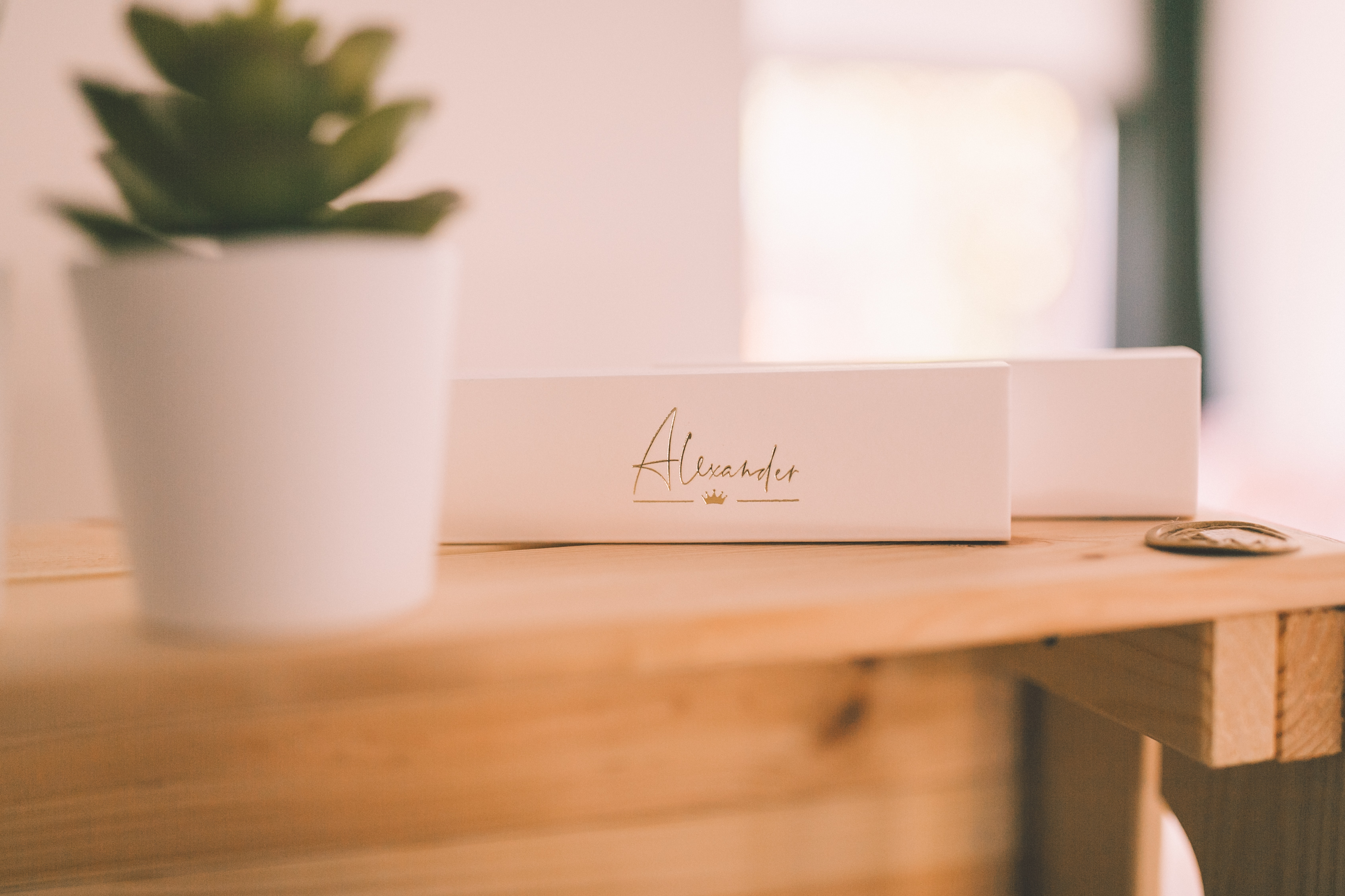 ALEXANDER-5894