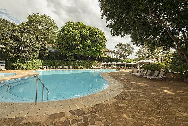 piscina1 (5).jpg