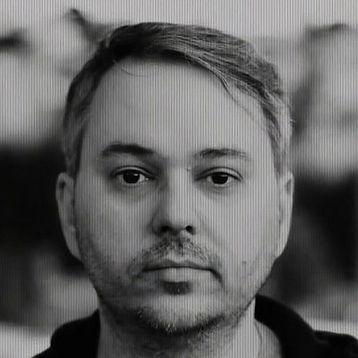 Gregg Headshot.jpg