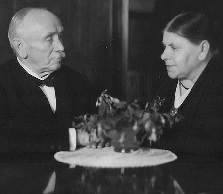 Emil und Frieda Hasenfratz.jpg