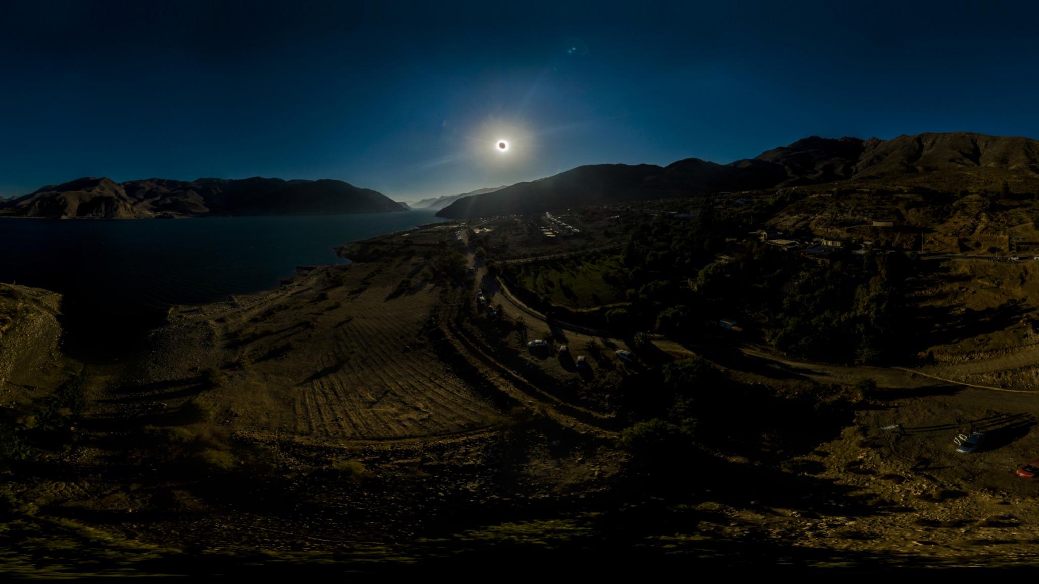 Eclipse Total 2019 Vicuña