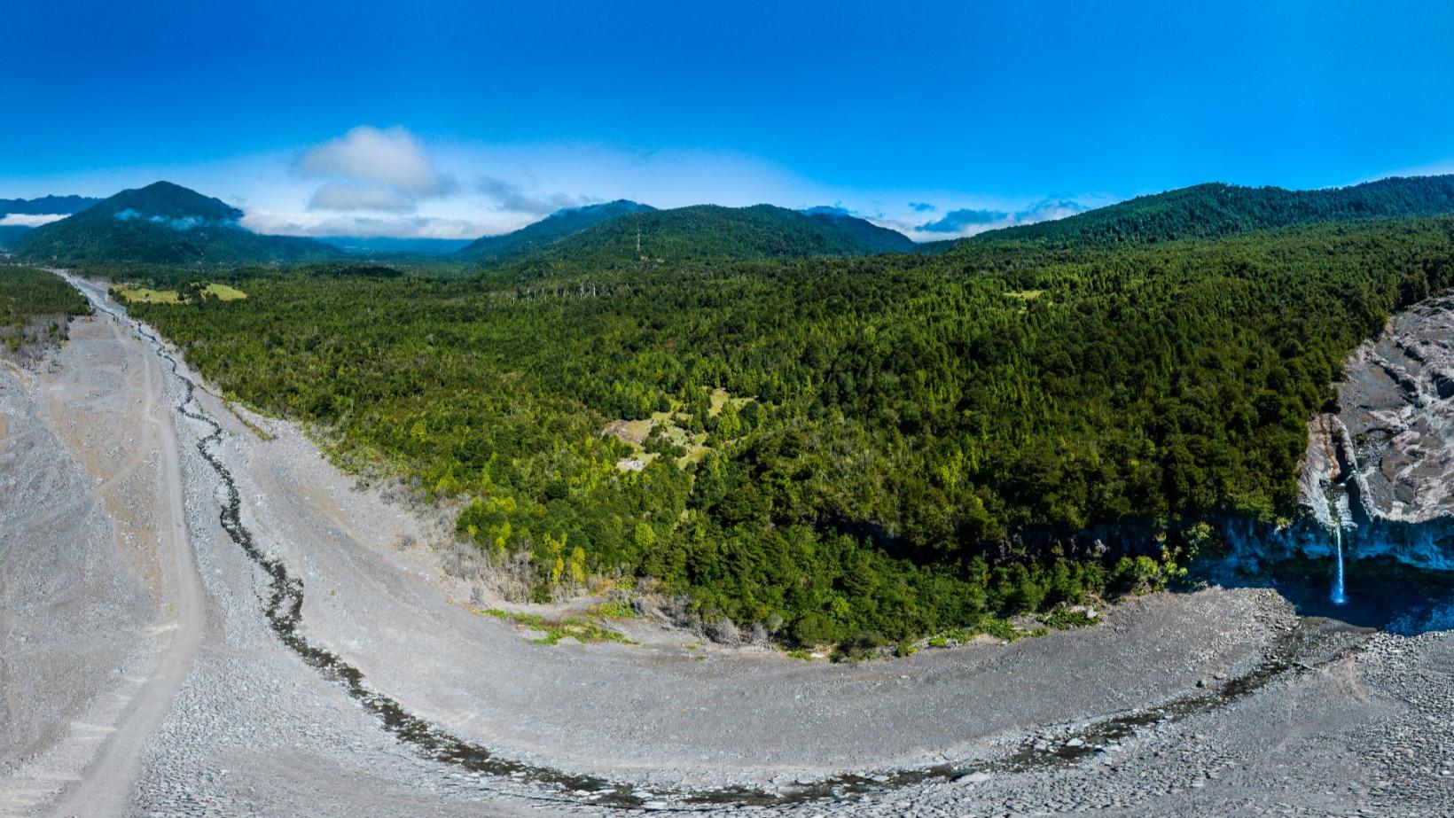Río Blanco Volcán Calbuco Los Lagos