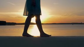 motion-side-view-women-feet-barefoot-wal