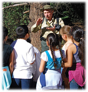 FAMILY NATURE HIKES TO KICK OFF IN OAK PARK