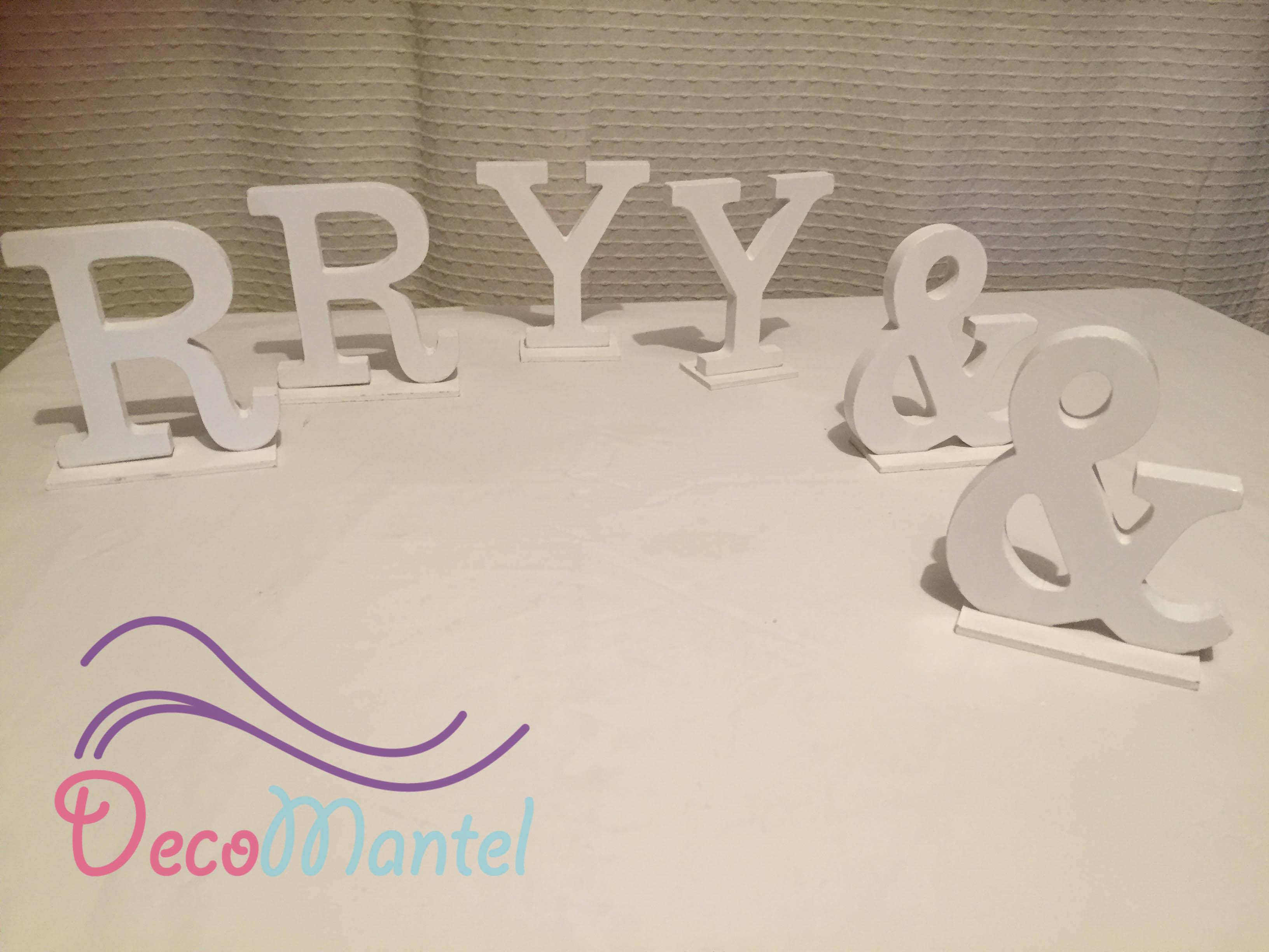 Letras blancas (12 cm)