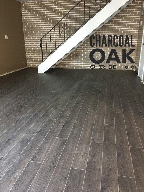 Charcoal Oak Is A Medium Dark Gray Laminate With Matte Finish It Characterized By Tightly Woven Wood Grains On Background