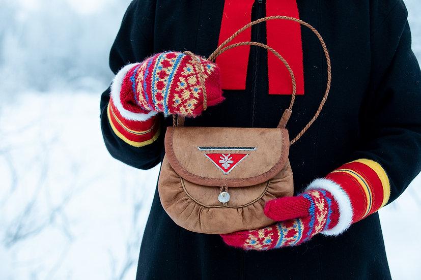 Läderväska med Röd Triangel Detalj