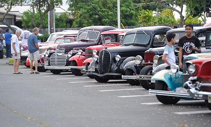 Hillbilly car show.jpg