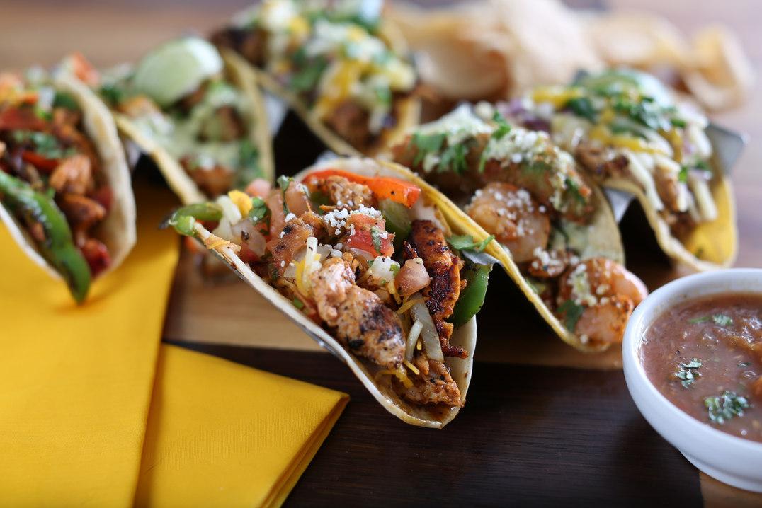 Lotta Tacos - Happy Taco Bar