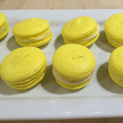 Lemon Macarons w.white choclate buttercr